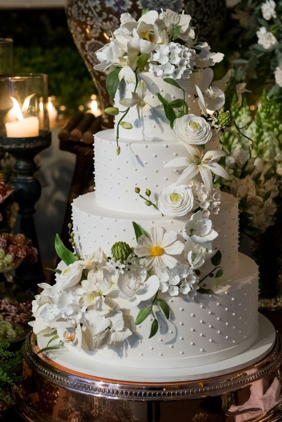 bolo noiva branco