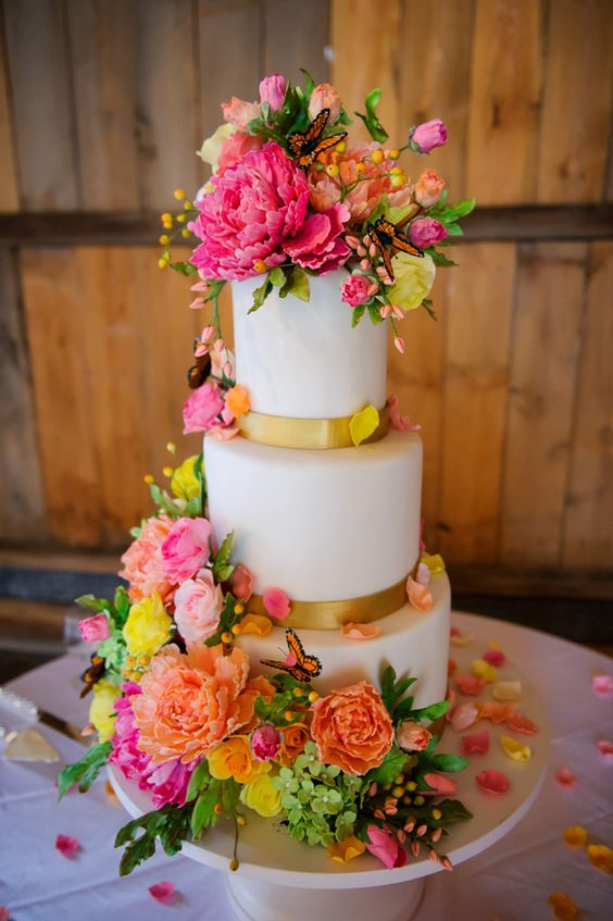 bolo noiva colorido