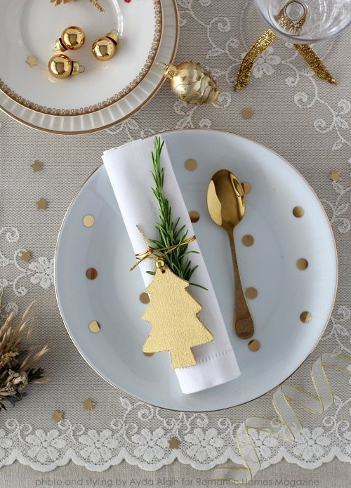 decoracao mesa natal dourada