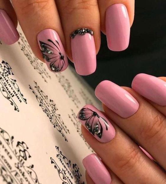 unhas decoradas borboletas rosa preto