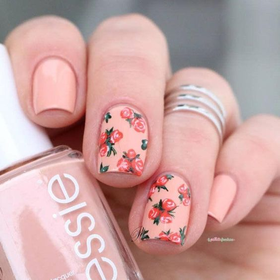 unhas florais rosinha
